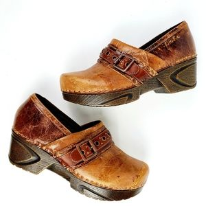 Sofft Leather Clogs Heel
